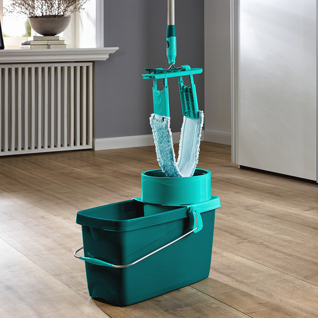 Mops, Brooms, Wipers & Accessories
