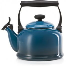 Traditional Whistling Kettle, 2.1 Litre